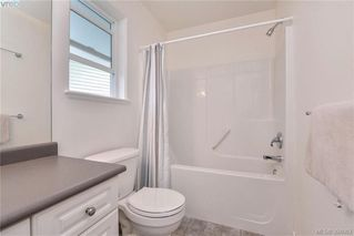Photo 11: 2453 Whitehorn Pl in VICTORIA: La Thetis Heights House for sale (Langford)  : MLS®# 789960
