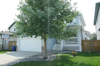 Photo 2: 116 BOW RIDGE Crescent: Cochrane Detached for sale : MLS®# C4199579