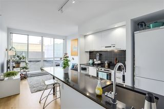 "Photo 2: 202 557 E CORDOVA Street in Vancouver: Hastings Condo for sale in ""CORDOVAN"" (Vancouver East)  : MLS®# R2304928"