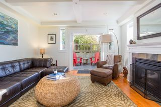 "Photo 9: 2086 LARCH Street in Vancouver: Kitsilano Townhouse for sale in ""Self Managed"" (Vancouver West)  : MLS®# R2310705"