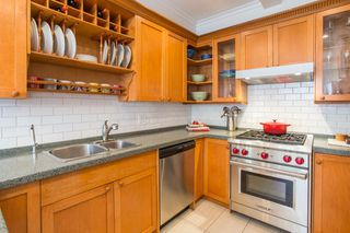 "Photo 5: 2086 LARCH Street in Vancouver: Kitsilano Townhouse for sale in ""Self Managed"" (Vancouver West)  : MLS®# R2310705"