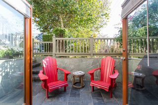 "Photo 10: 2086 LARCH Street in Vancouver: Kitsilano Townhouse for sale in ""Self Managed"" (Vancouver West)  : MLS®# R2310705"