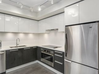 Photo 5: 2002 6333 SILVER Avenue in Burnaby: Metrotown Condo for sale (Burnaby South)  : MLS®# R2316895