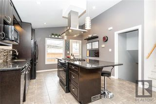 Photo 5: 94 Knotsberry Bay in Winnipeg: River Park South Residential for sale (2F)  : MLS®# 1829510