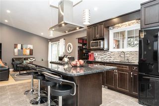 Photo 2: 94 Knotsberry Bay in Winnipeg: River Park South Residential for sale (2F)  : MLS®# 1829510