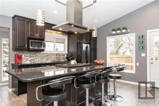 Photo 3: 94 Knotsberry Bay in Winnipeg: River Park South Residential for sale (2F)  : MLS®# 1829510