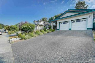 Photo 2: 23500 TAMARACK Lane in Maple Ridge: Albion House for sale : MLS®# R2326196