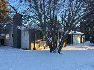 Main Photo: 2725 104A Street in Edmonton: Zone 16 House for sale : MLS®# E4137767