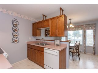 """Photo 10: 208 2410 EMERSON Street in Abbotsford: Abbotsford West Condo for sale in """"Lakeway Gardens"""" : MLS®# R2335203"""