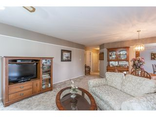 """Photo 7: 208 2410 EMERSON Street in Abbotsford: Abbotsford West Condo for sale in """"Lakeway Gardens"""" : MLS®# R2335203"""