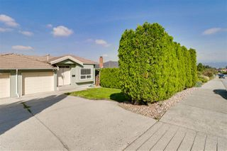 Photo 20: 6333 BURNS Street in Burnaby: Upper Deer Lake House 1/2 Duplex for sale (Burnaby South)  : MLS®# R2340136