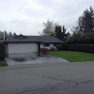 Main Photo: 26554 29B Avenue in Langley: Aldergrove Langley House for sale : MLS®# R2355965