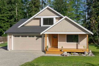 """Photo 20: 1422 STARDUST Place in Gibsons: Gibsons & Area House for sale in """"GEORGIA CREST"""" (Sunshine Coast)  : MLS®# R2367276"""