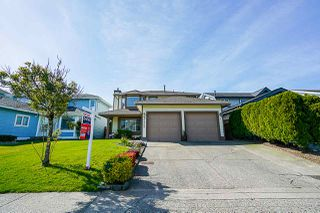 Photo 2: 15428 91 Avenue in Surrey: Fleetwood Tynehead House for sale : MLS®# R2367900