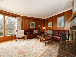 Photo 6: 2974 Irma Street in VICTORIA: Vi Burnside Single Family Detached for sale (Victoria)  : MLS®# 410573