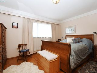 Photo 15: 2974 Irma Street in VICTORIA: Vi Burnside Single Family Detached for sale (Victoria)  : MLS®# 410573