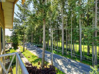 Photo 18: 409 360 Goldstream Ave in VICTORIA: Co Colwood Corners Condo for sale (Colwood)  : MLS®# 816353
