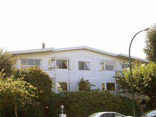 Photo 1:  in Landmark Regency: Home for sale : MLS®# V669355