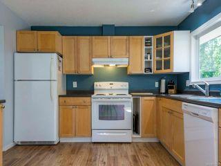 Photo 2: 297 Quadra Pl in COMOX: CV Comox (Town of) House for sale (Comox Valley)  : MLS®# 817183