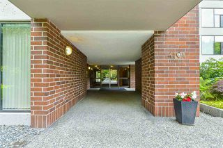 "Photo 3: 202 4101 YEW Street in Vancouver: Quilchena Condo for sale in ""Arbutus Village"" (Vancouver West)  : MLS®# R2383784"