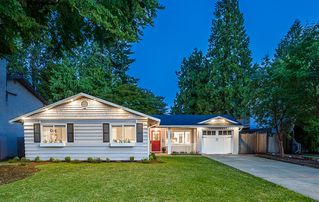 """Photo 1: 34560 MERLIN Drive in Abbotsford: Abbotsford East House for sale in """"McMillan"""" : MLS®# R2387730"""