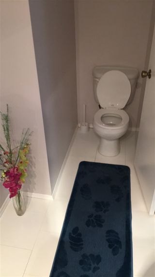 Photo 5: 13607 28 Street in Edmonton: Zone 35 House Half Duplex for sale : MLS®# E4172764
