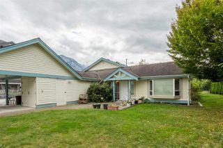 "Photo 1: 4 1201 PEMBERTON Avenue in Squamish: Downtown SQ Condo for sale in ""Eagle Grove 55+ Community"" : MLS®# R2407316"