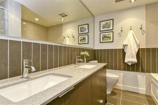 Photo 15: 186 CHESTERFIELD AVENUE in North Vancouver: Lower Lonsdale Townhouse for sale : MLS®# R2423323