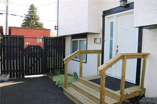 Photo 2: 6 4608 75 Street NW in Calgary: Bowness Row/Townhouse for sale : MLS®# C4290768