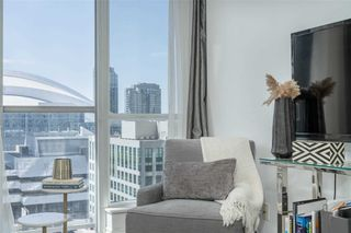 Photo 4: 1533 250 W Wellington Street in Toronto: Waterfront Communities C1 Condo for sale (Toronto C01)  : MLS®# C4788136