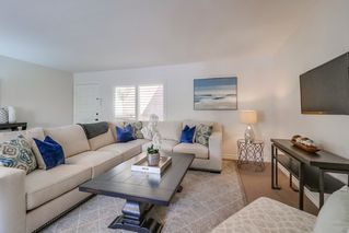 Photo 4: HILLCREST Condo for sale : 2 bedrooms : 1030 Robinson Ave #203 in San Diego