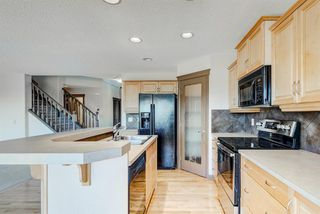Photo 10: 324 EVERBROOK Way SW in Calgary: Evergreen Detached for sale : MLS®# A1032313