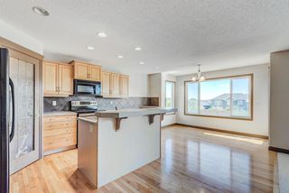 Photo 9: 324 EVERBROOK Way SW in Calgary: Evergreen Detached for sale : MLS®# A1032313