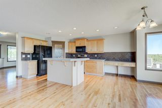 Photo 7: 324 EVERBROOK Way SW in Calgary: Evergreen Detached for sale : MLS®# A1032313