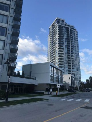 Photo 4: 506 570 EMERSON Street in Coquitlam: Coquitlam West Condo for sale : MLS®# R2515450