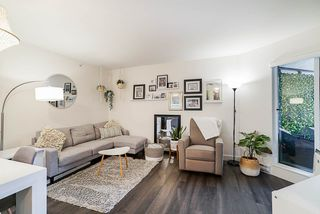 """Photo 8: 503 2525 CLARKE Street in Port Moody: Port Moody Centre Condo for sale in """"The Strand"""" : MLS®# R2524901"""