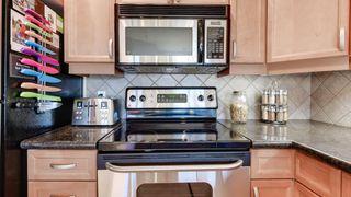 Photo 9: 702 10319 111 Street in Edmonton: Zone 12 Condo for sale : MLS®# E4223695