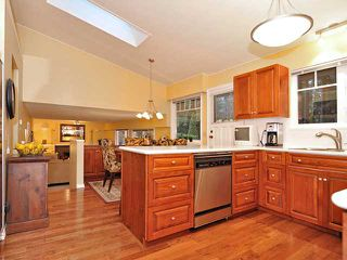 Photo 5: 5714 BLUEBELL Drive in West Vancouver: Eagle Harbour House for sale : MLS®# V927721
