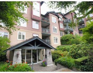 "Photo 1: # 305 1144 STRATHAVEN DR in North Vancouver: Northlands Condo for sale in ""STRATHAVEN"" : MLS®# V776036"