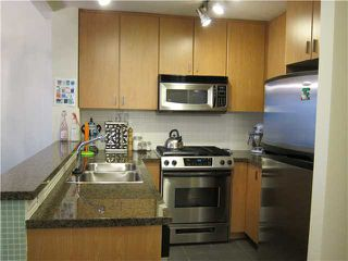 "Photo 8: # 402 6888 SOUTHPOINT DR in Burnaby: South Slope Condo for sale in ""CORTINA"" (Burnaby South)  : MLS®# V939033"