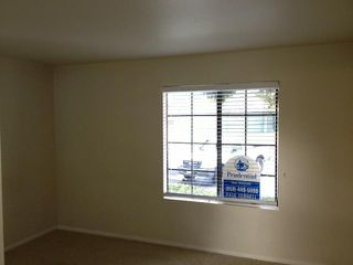 Photo 7: CARMEL MOUNTAIN RANCH Home for sale or rent : 1 bedrooms : 14978 Avenida Venusto #57 in San Diego