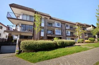Photo 2: 101 1585 4th Avenue in Vancouver: Grandview VE Condo for sale (Vancouver East)  : MLS®# V949221