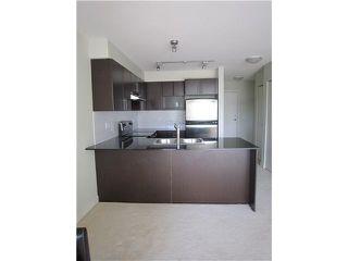 Photo 2: 421-1633 Mackay Ave in North Vancouver: Pemberton NV Condo for sale : MLS®# V927539