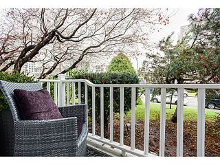"Photo 15: 105 120 W 17TH Street in North Vancouver: Central Lonsdale Condo for sale in ""THE OLD COLONOY"" : MLS®# V1041437"