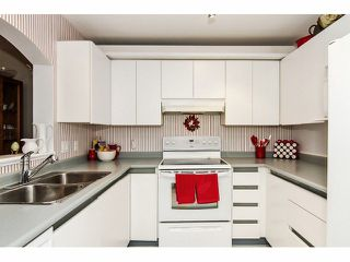 """Photo 7: 211 2960 PRINCESS Crescent in Coquitlam: Canyon Springs Condo for sale in """"JEFFERSON"""" : MLS®# V1046778"""