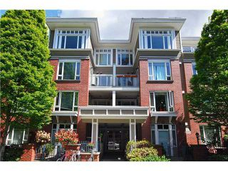 Photo 1: 312 2628 YEW Street in Connaught Place: Kitsilano Home for sale ()  : MLS®# V1008360
