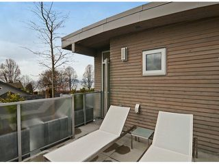 """Photo 18: 2048 WHYTE Avenue in Vancouver: Kitsilano House 1/2 Duplex for sale in """"Kits Point"""" (Vancouver West)  : MLS®# V1055098"""