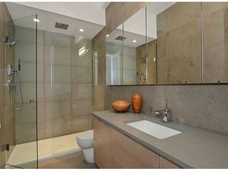 """Photo 13: 2048 WHYTE Avenue in Vancouver: Kitsilano House 1/2 Duplex for sale in """"Kits Point"""" (Vancouver West)  : MLS®# V1055098"""