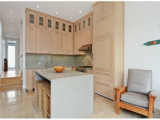 """Photo 11: 2048 WHYTE Avenue in Vancouver: Kitsilano House 1/2 Duplex for sale in """"Kits Point"""" (Vancouver West)  : MLS®# V1055098"""