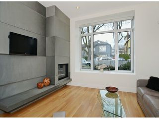"""Photo 4: 2048 WHYTE Avenue in Vancouver: Kitsilano House 1/2 Duplex for sale in """"Kits Point"""" (Vancouver West)  : MLS®# V1055098"""